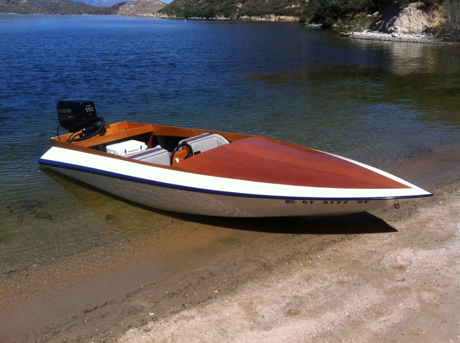 Glen L Marine : Stiletto design boatbuilders site on glen l
