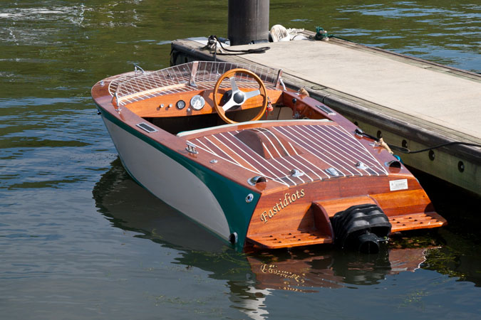 Glen L Marine : Decking the icing on cake boatbuilders site